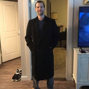 Neimann Marcus wool trench coat black large